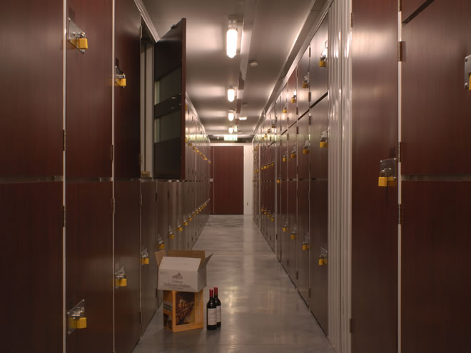 Wine storage from Big Yellow climate-controlled wine self storage units in London. & Wine storage from Big Yellow: climate-controlled wine self storage ...